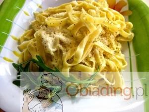 Fettuccine Alfredo z kurczakiem